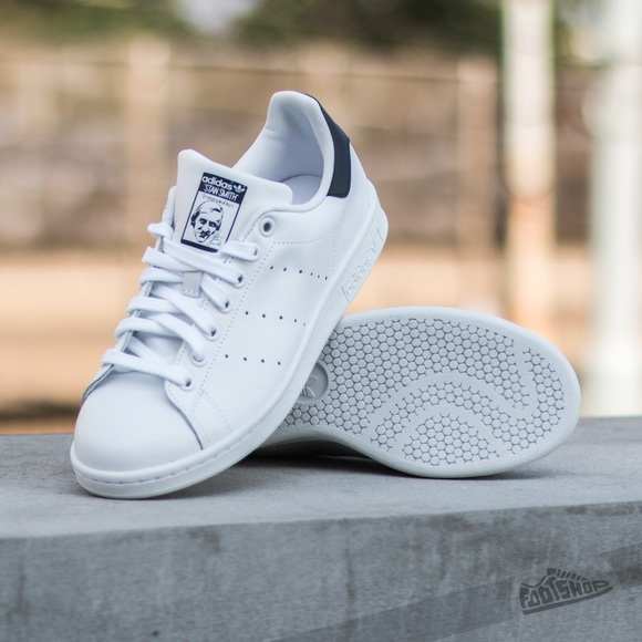 le adidas stan smith bluewhite poshmark marina